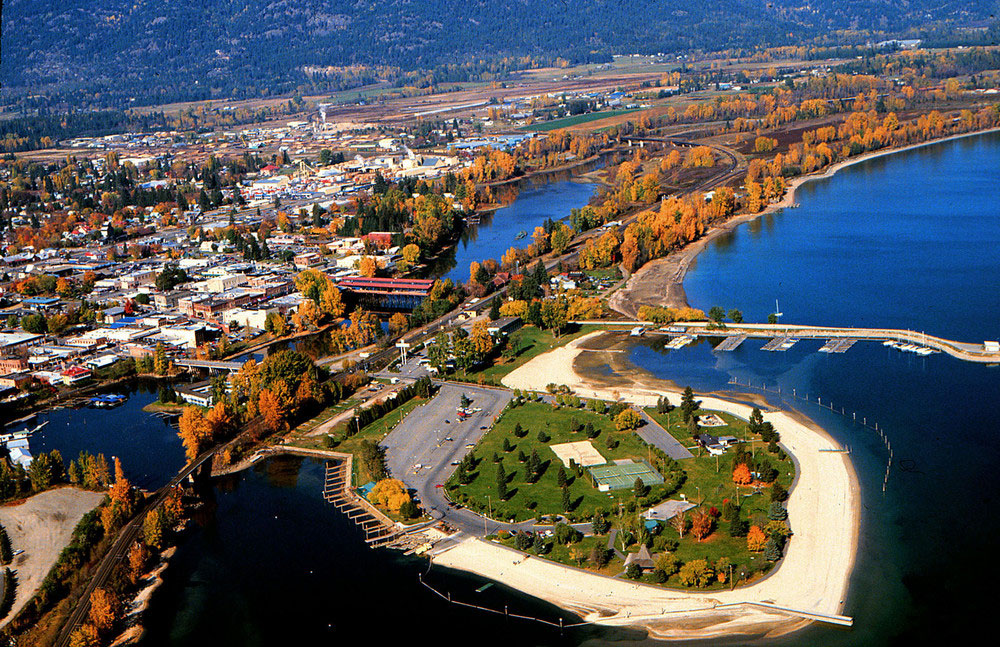 "Sunset Magazine calls Sandpoint a ""four-season outdoorsy resort that's also a real town with a strong community spirit."""